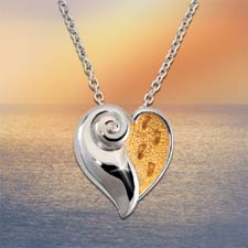 Footprints in the Sand® Diamond Pendant